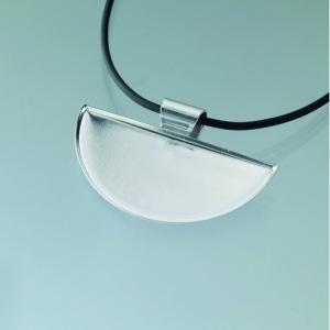 hangsmycke-for-mosaik-50-x-25-mm-forsilvrade-halvrund-svarta-band