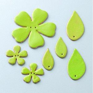 Läderblommor med löv 27 - 55 mm - ljusgrön 7 st. blandade