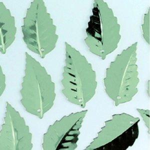 Paljetter löv relief 12 x 18 mm - silver hög glans 2 g / ~ 33 st.